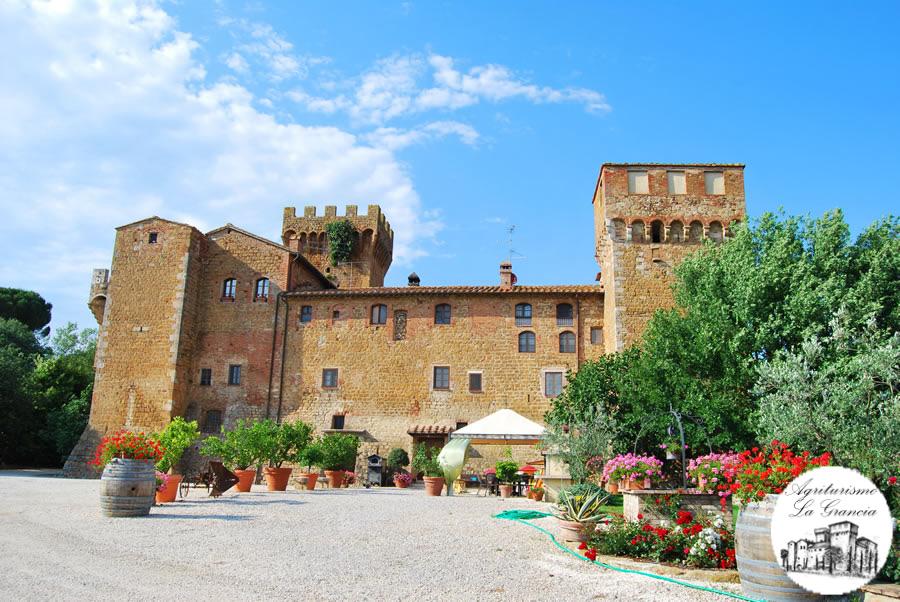 Risultati immagini per foto Castello di Spedaletto